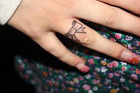 girl tat
