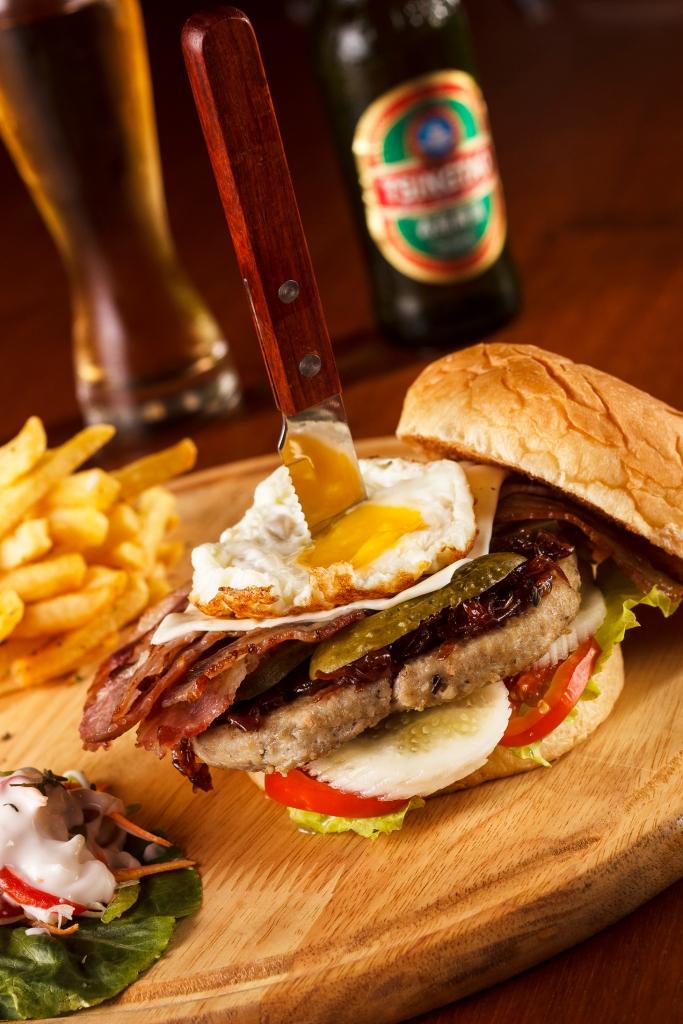 Naya Burger