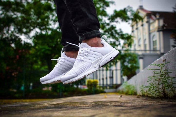 Nike Air Presto Triple White