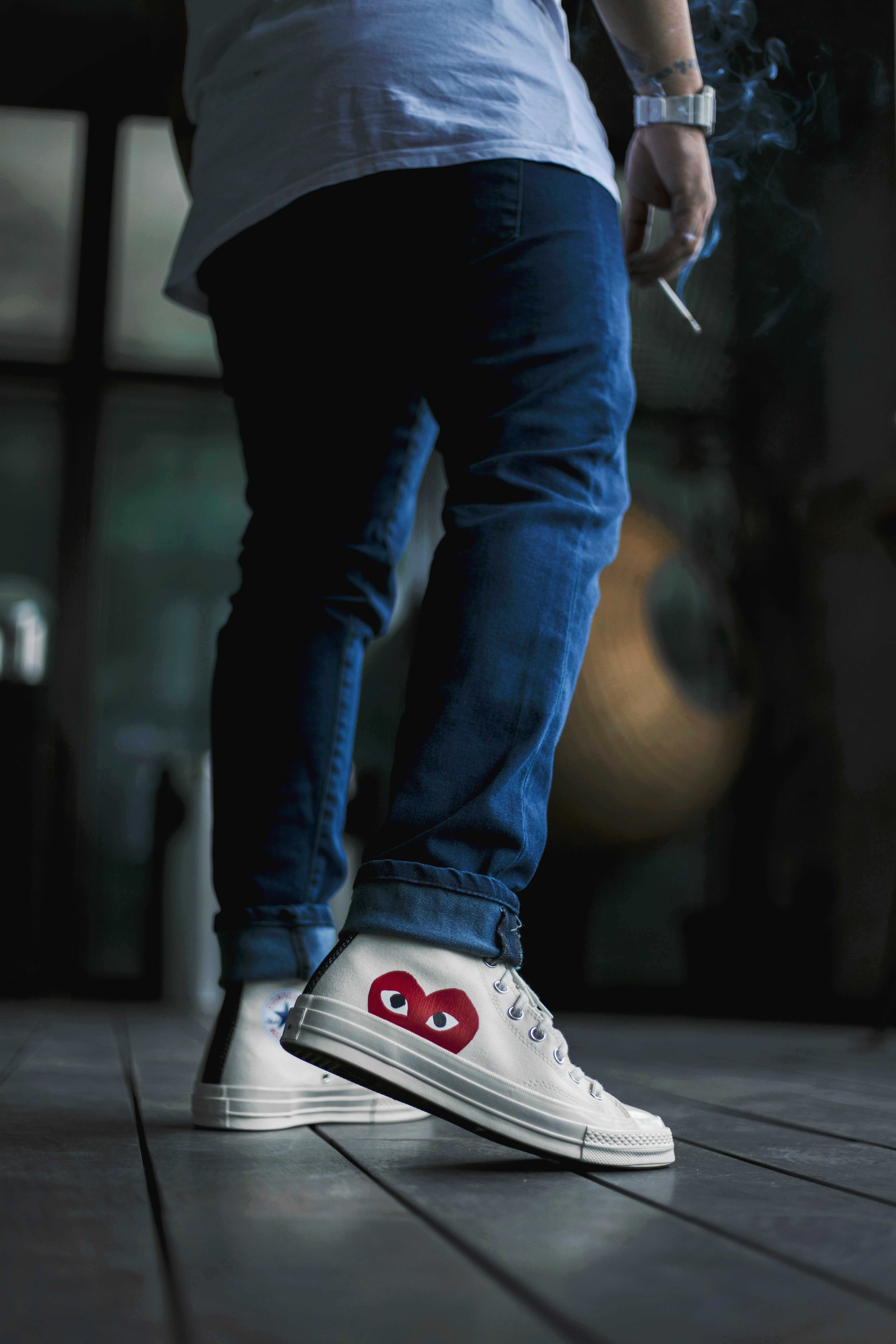 How The Levi's 512 Slim Tapered Jeans Look With Sneakers