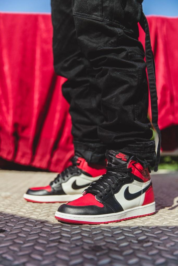 Air Jordan 1 Chicago Bred Toe