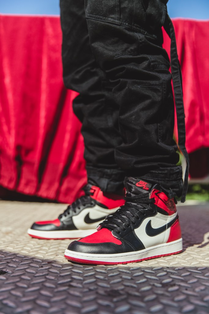 Air Jordan 1 Chicago Bred Toe