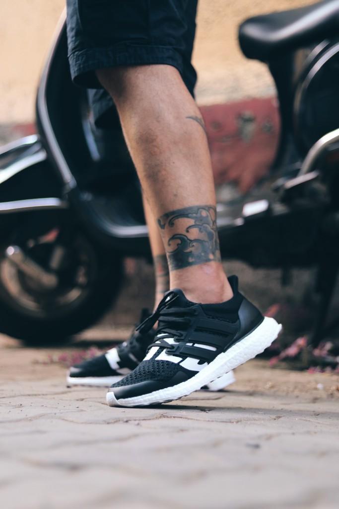 Tattooed Legs Sneakers