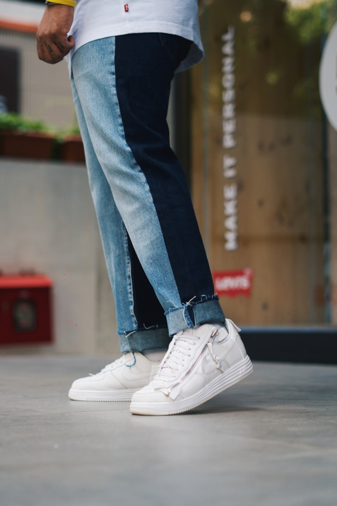 Levi's 501 Jeans with Sneakers