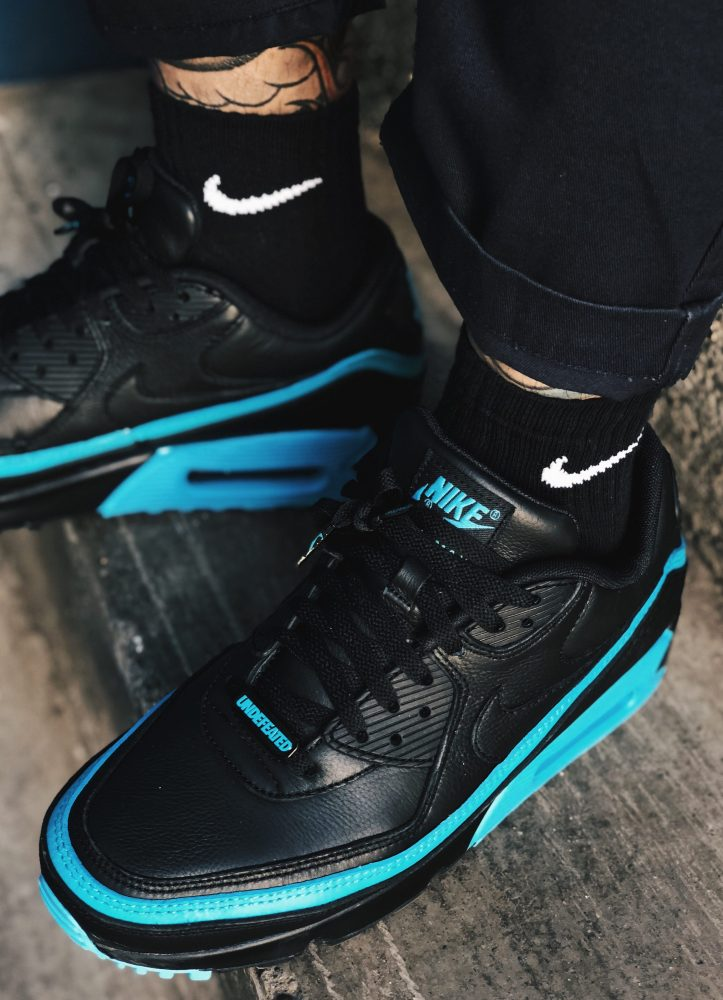 Air Max 90 Undefeated