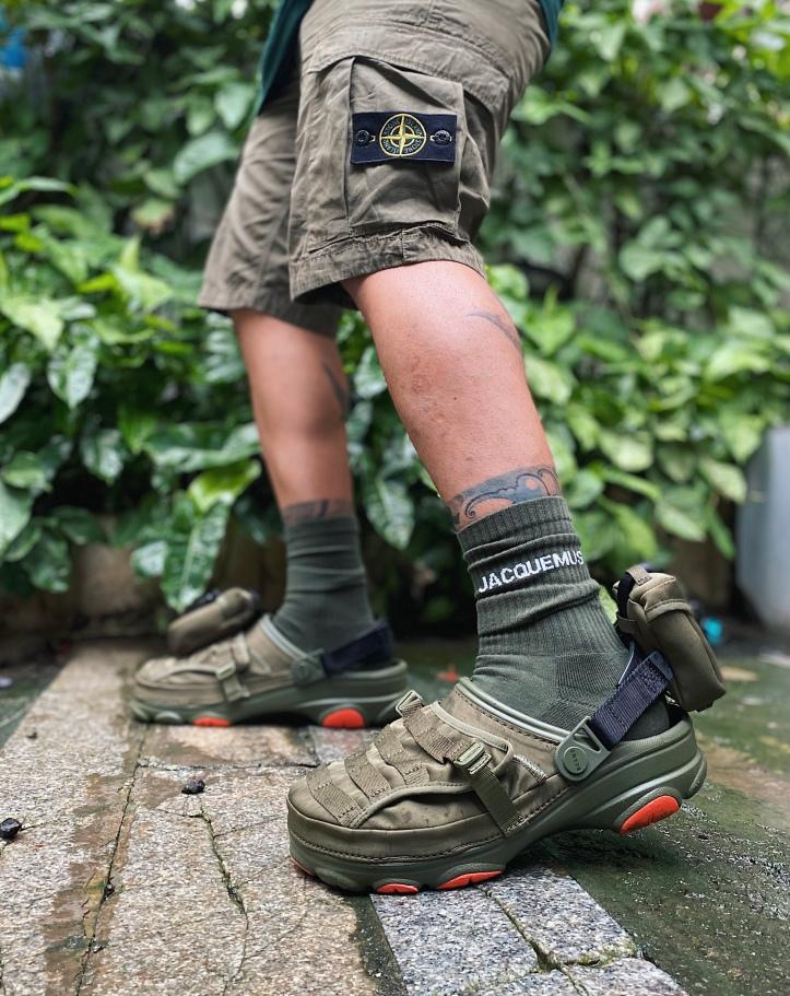 BEAMS X Crocs All-Terrain Military Clog
